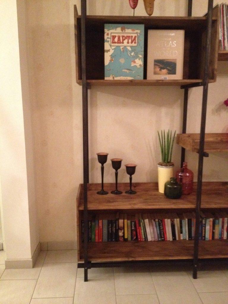 Lotte's Bookshelf (13)