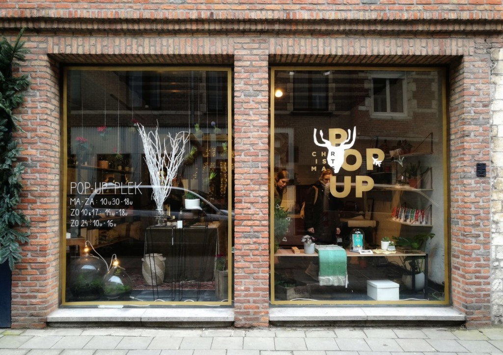 plek, Leuven, belgium, design, interior, popup, pop-up, shop, gem platter, window design, logo design
